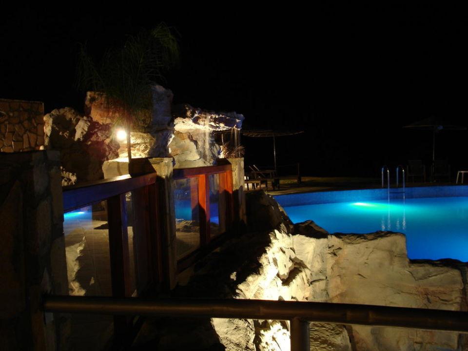 Baseny nocą Hotel Costa Lindia Beach