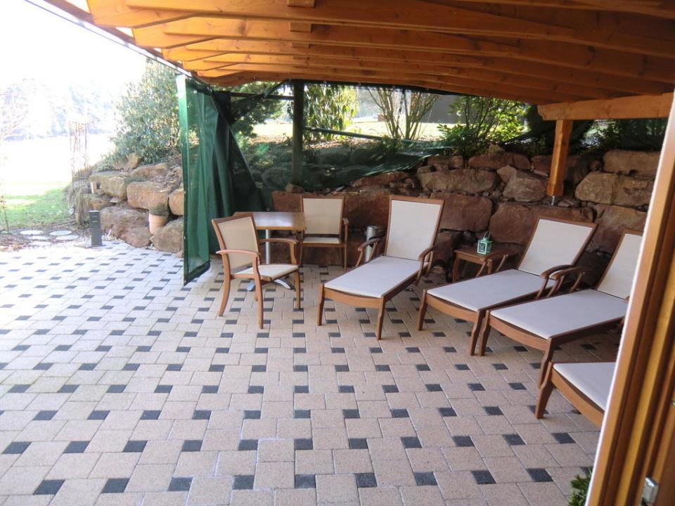 bild ruhebereich sauna zu landhotel talblick in neuweiler. Black Bedroom Furniture Sets. Home Design Ideas
