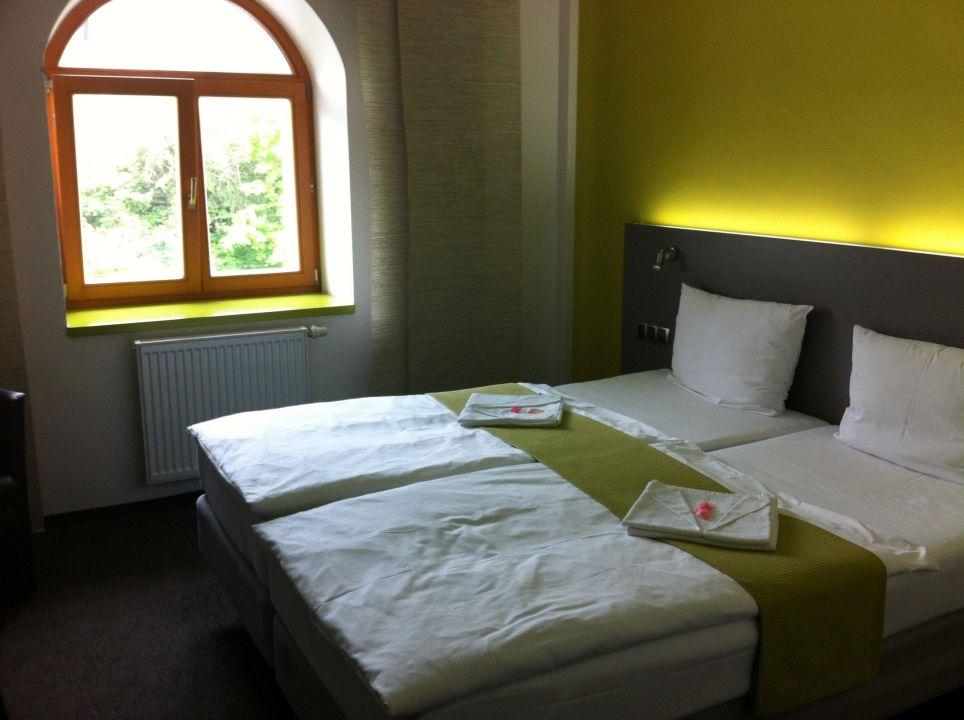 Bett Hotel Herrmes