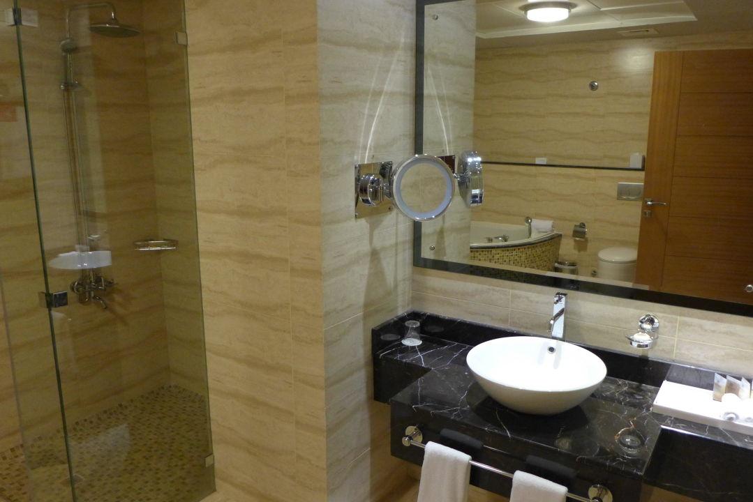Badezimmer Hotel Copthorne Sharjah