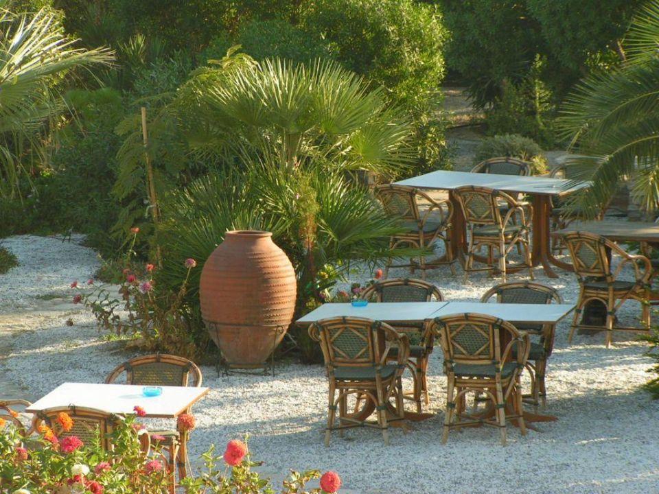 Teil des Gartens Medusa Resort & Suites