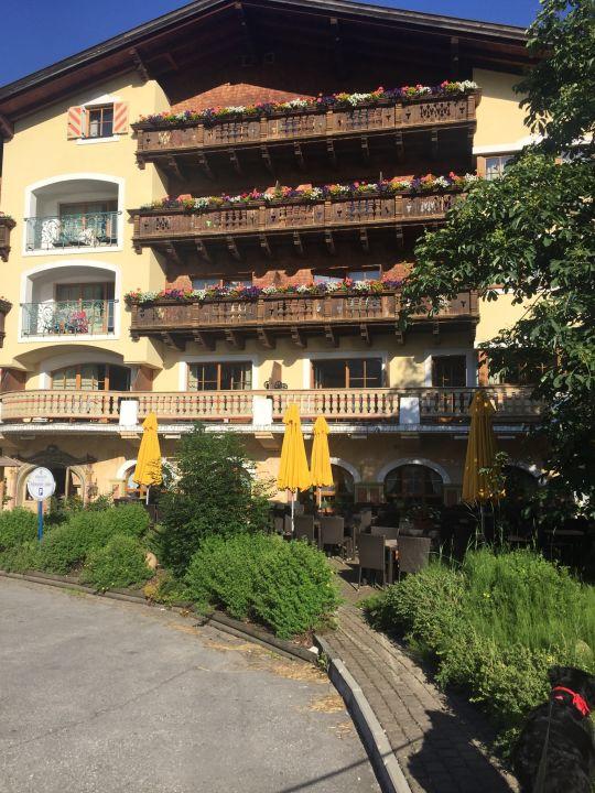 Außenansicht Hotel Schwarzer Adler