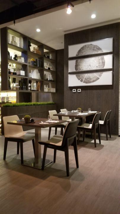 Gastro Hotel Al Maha Arjaan