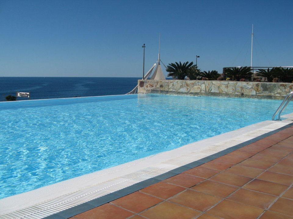 Der kleinere Pool Hotel H10 Playa Meloneras Palace