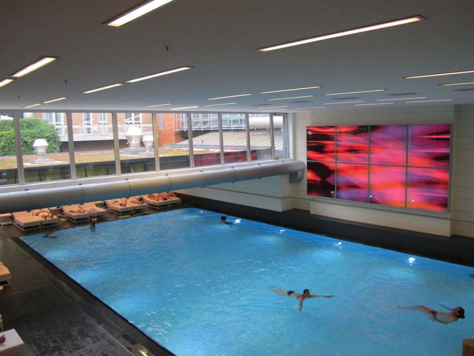 Pool Hotel Pullman Berlin Schweizerhof Berlin Mitte
