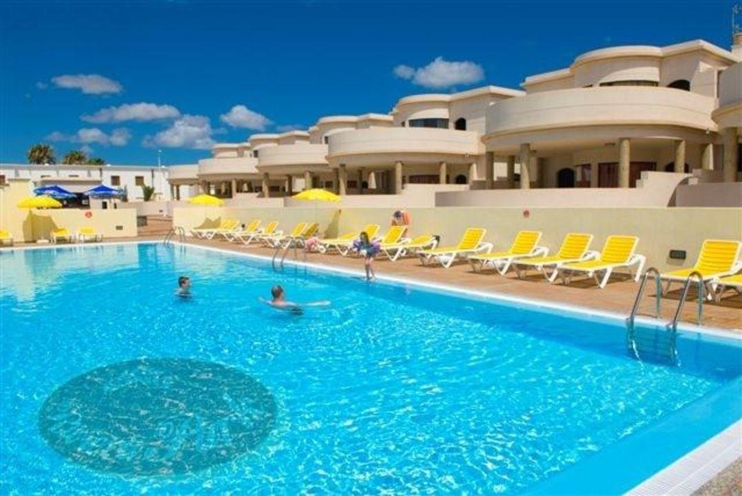 Zona de piscina para adultos Riviera Park Apartamento 2A