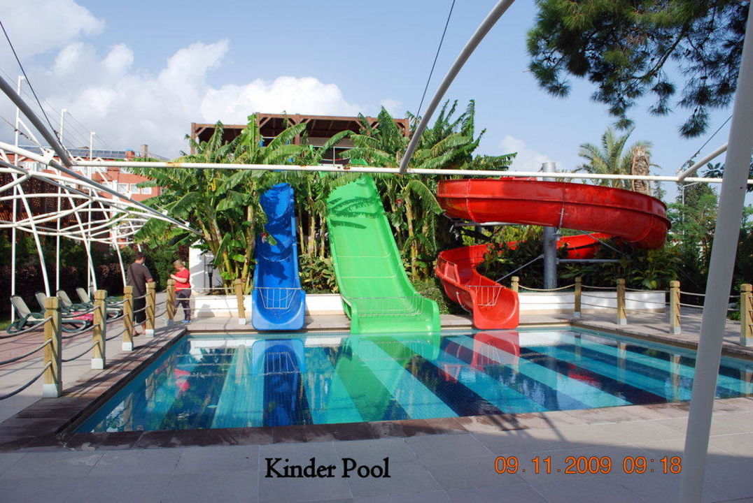 Kinderpool Crystal De Luxe Resort & Spa