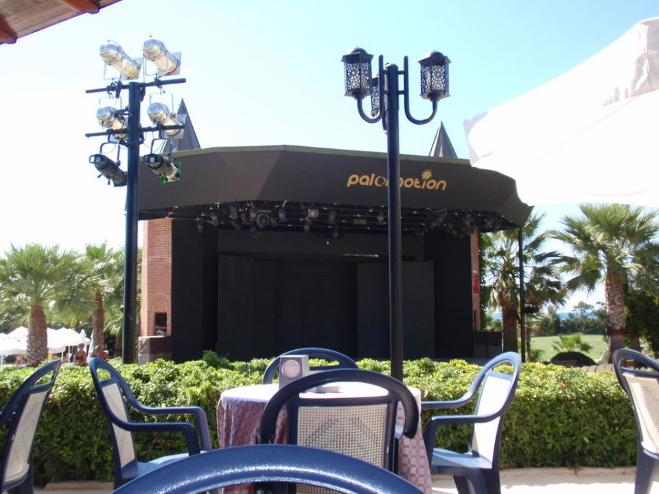 Die Bühne Paloma Oceana Resort