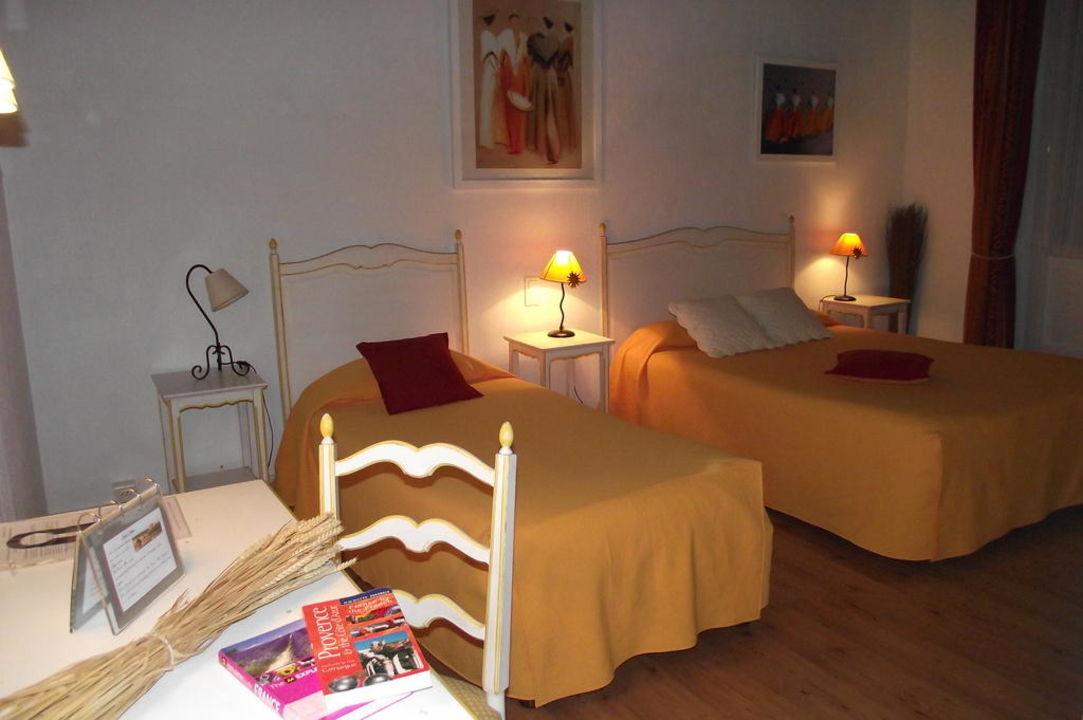 Chambre arlésienne n°7 Hotel Boquier Avignon Hotel Boquier
