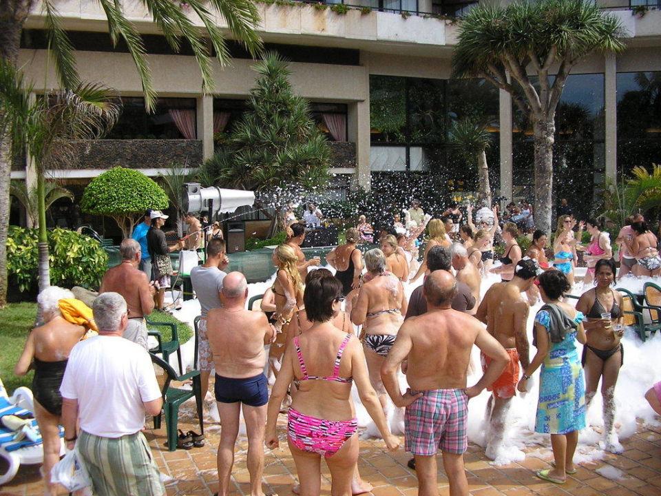 Schaumparty im Hotel Hotel H10 Conquistador
