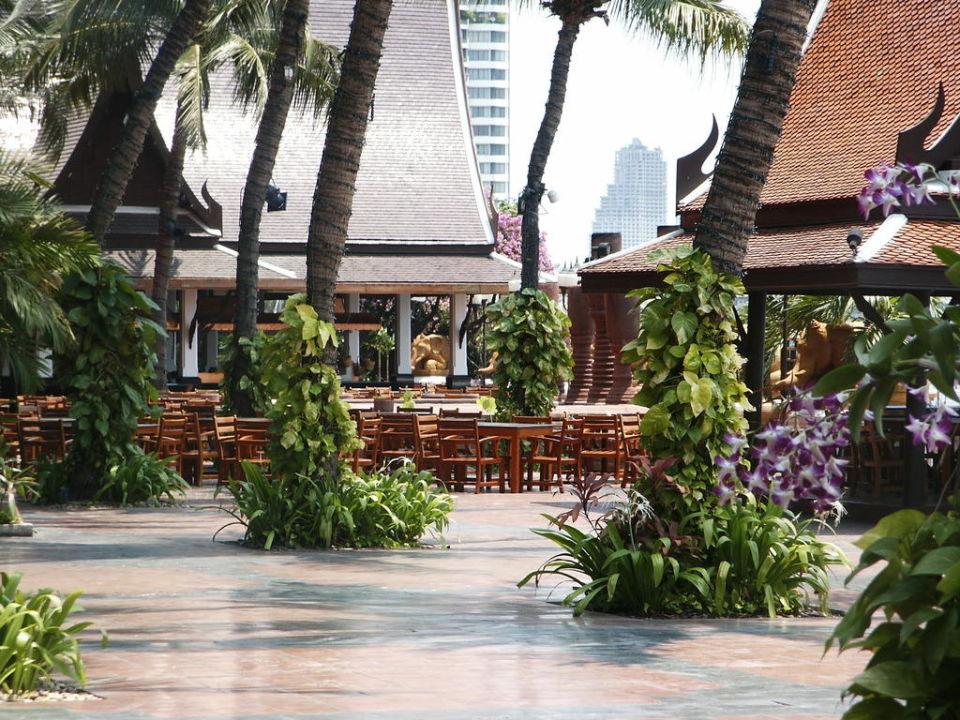 Terrasse Anantara Riverside Bangkok Resort