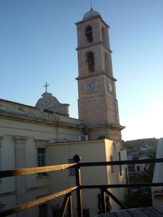 Kirche neben dem Zimmer Studios Vranas