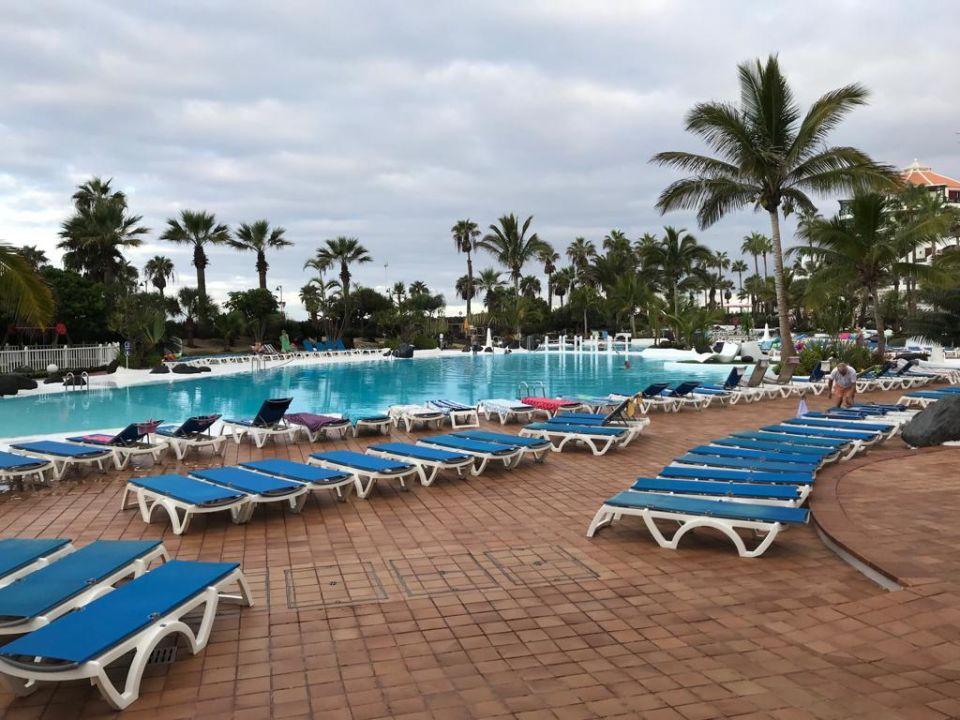 Pool Apartamentos Parque Santiago 4