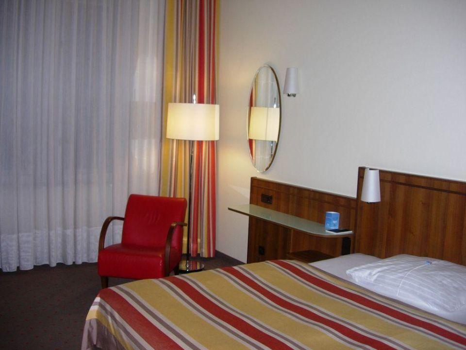 Bett 1 60x2 00 : standard zimmer 2 stock bett nh wien belvedere wien holidaycheck wien sterreich ~ Bigdaddyawards.com Haus und Dekorationen