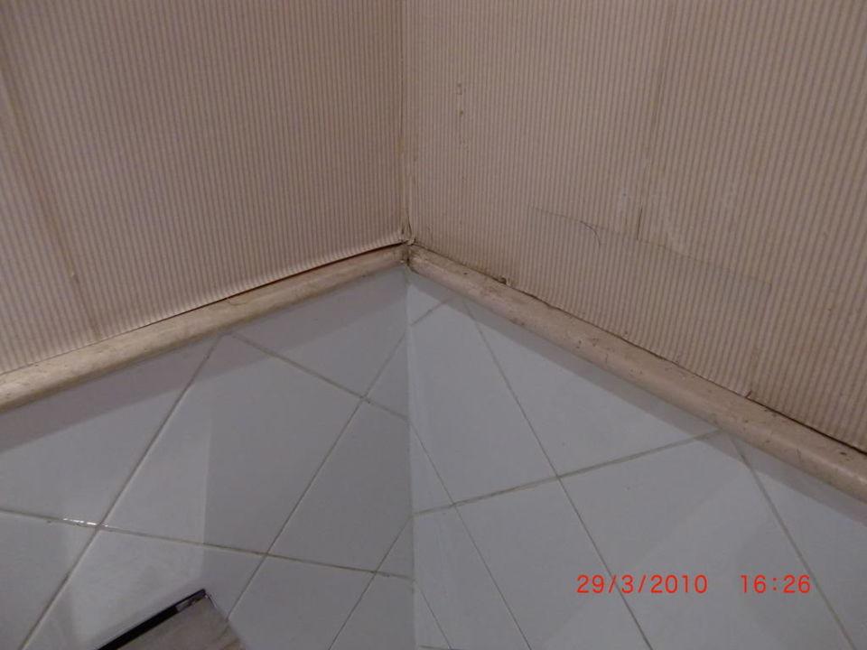 Tapeten lösen sich von den Wänden Jaz Casa del Mar Beach (Im Umbau / Renovierung)