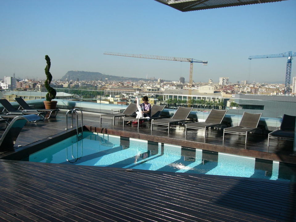 pool auf dachterrasse the gates hotel diagonal barcelona barcelona holidaycheck. Black Bedroom Furniture Sets. Home Design Ideas