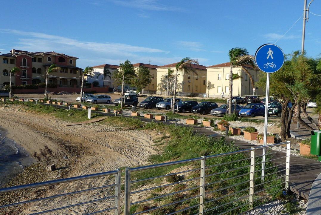 ffentlicher parkplatz hotel villa margherita golfo. Black Bedroom Furniture Sets. Home Design Ideas