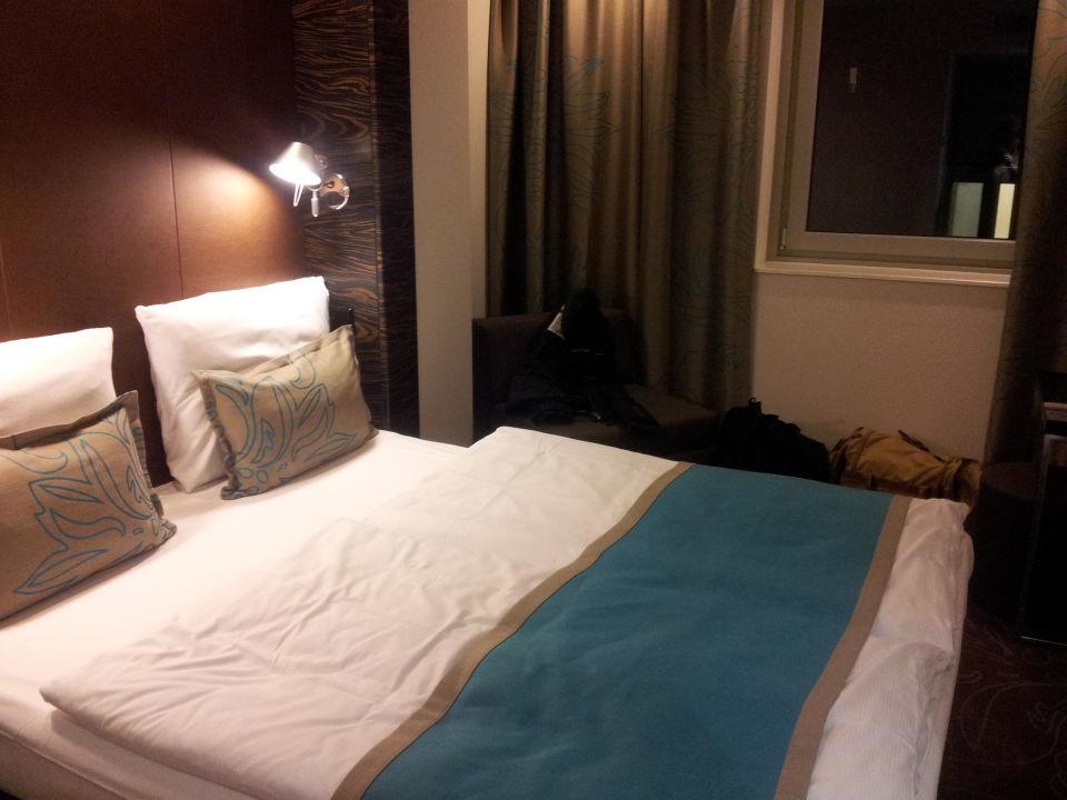zimmergr e gut erkennbar motel one hamburg am michel in hamburg holidaycheck hamburg. Black Bedroom Furniture Sets. Home Design Ideas