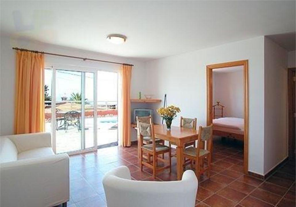 Salon Bungalows Residencia Las Norias