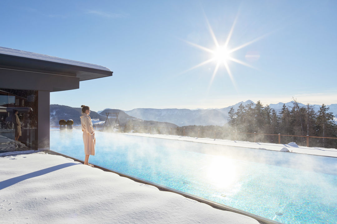 Pool Hotel Chalet Mirabell