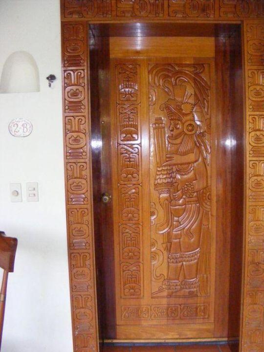 Zimmertür - wir fanden es schön Hotel The Lodge at Uxmal