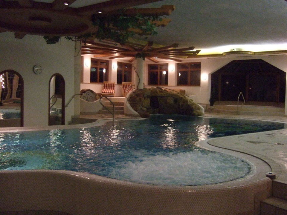 Pool Hotel Lindenwirt