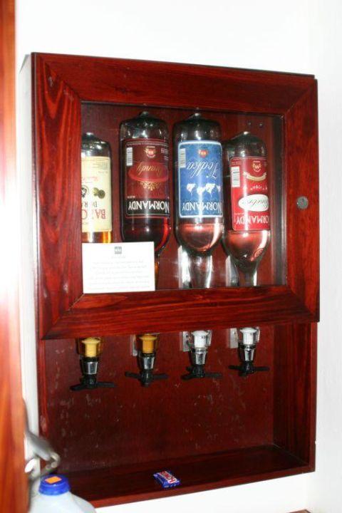 Minibar im Zimmer Merengue Village