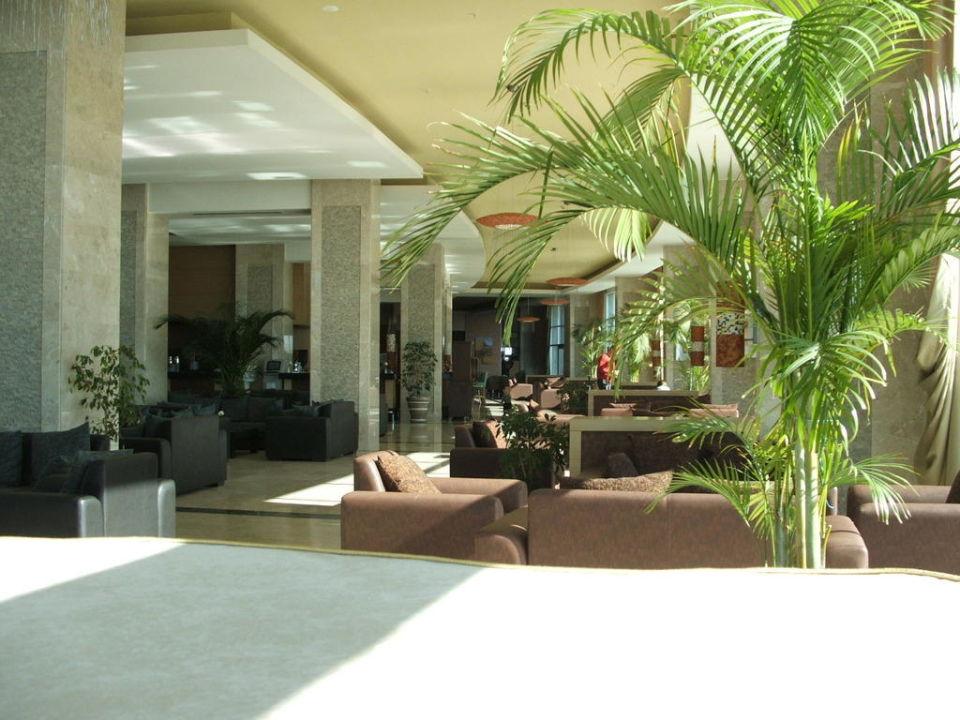 Lobby Hotel Miracle Resort
