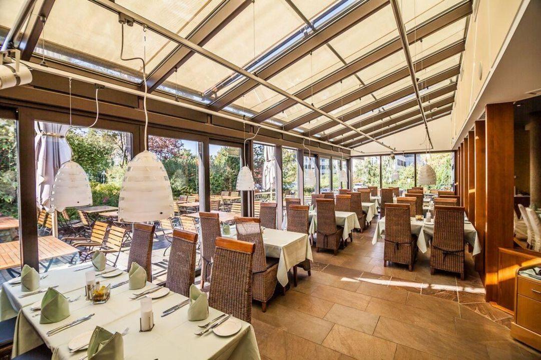 Wintergarten Essen quot restaurant le bisou mit wintergarten und terrasse quot hotel bredeney essen holidaycheck
