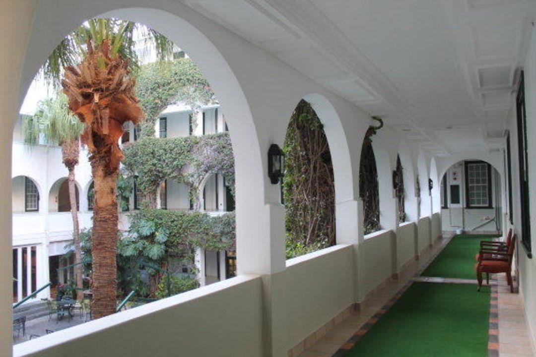 Schöner Innenhof Hotel Winchester Mansions