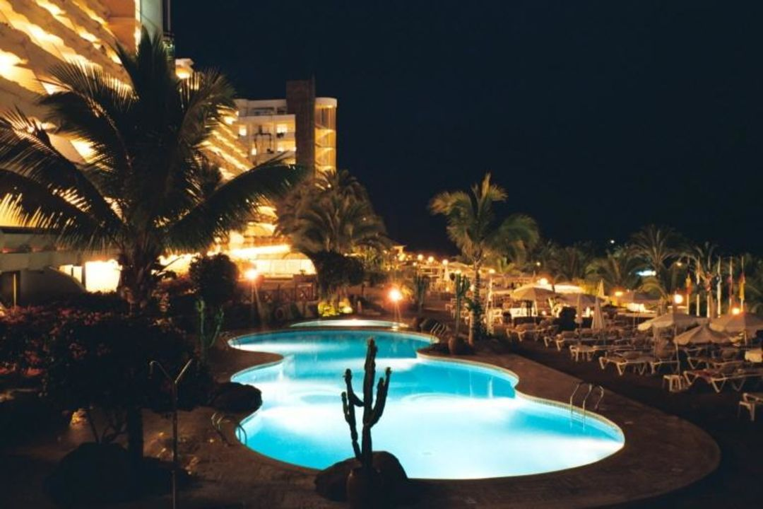 Aparthotel Lago Taurito - bei Nacht Hotel Paradise Lago Taurito