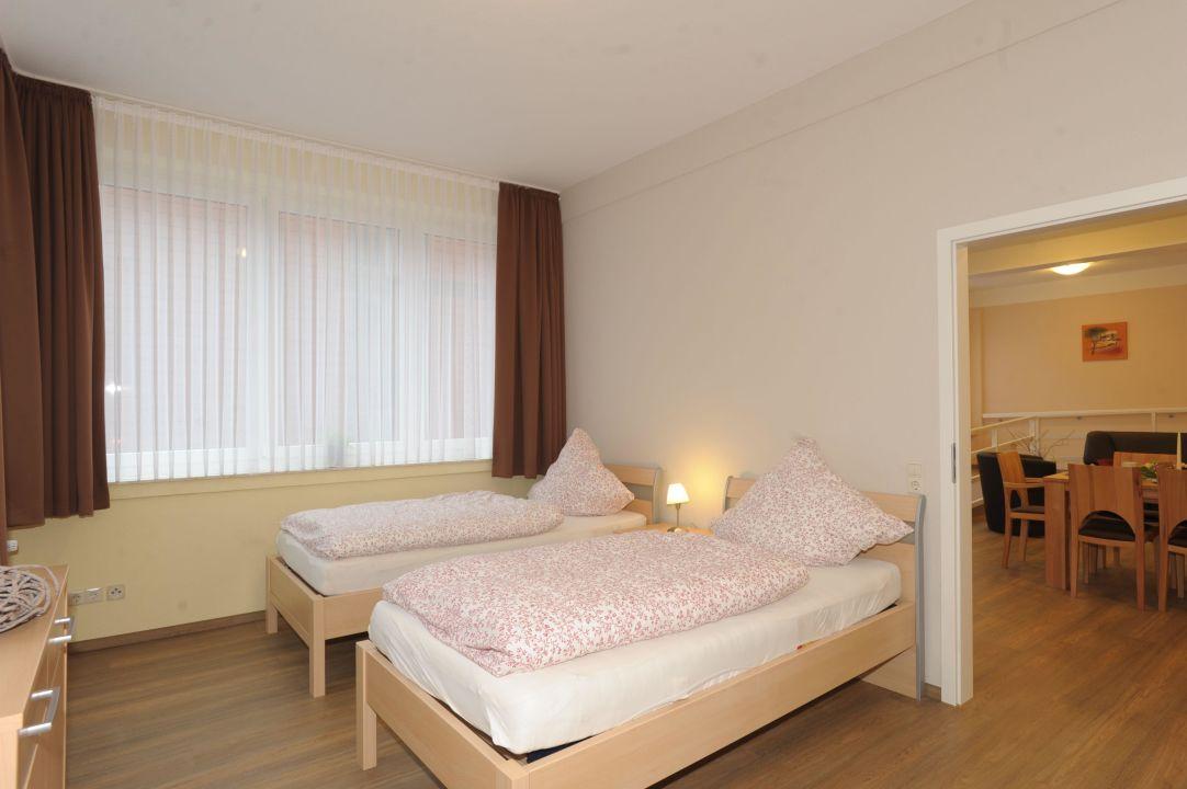 Schlafzimmer 2 Betten\
