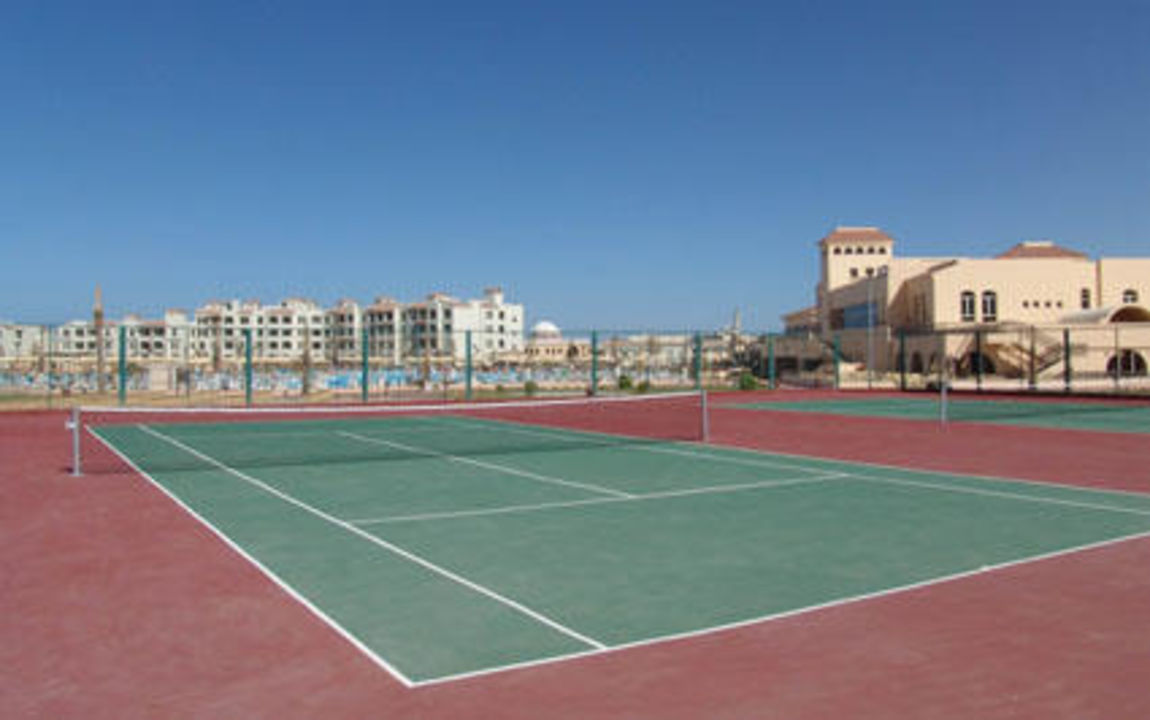 Tennisplatz Dana Beach Resort