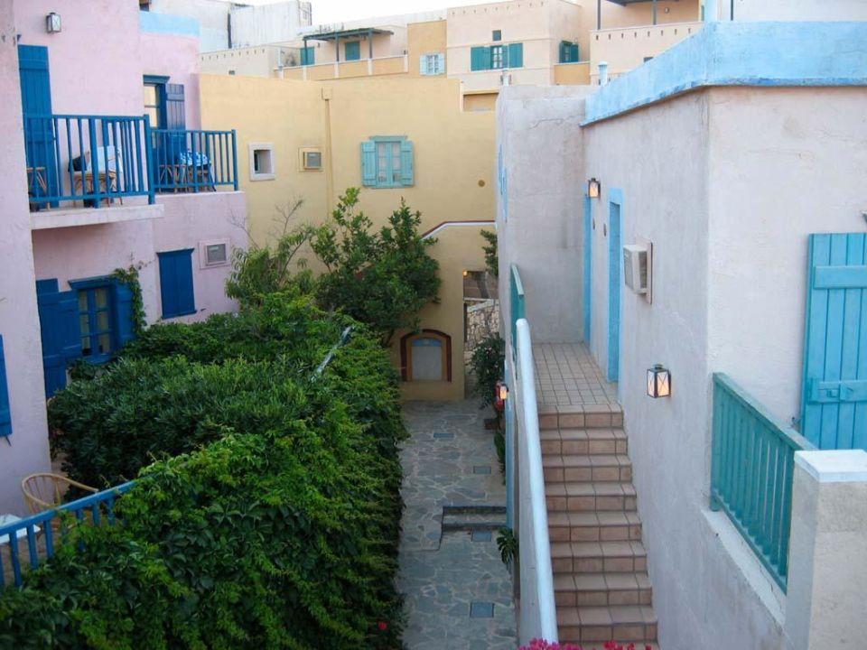Noch ein Innenhof Silva Beach Hotel