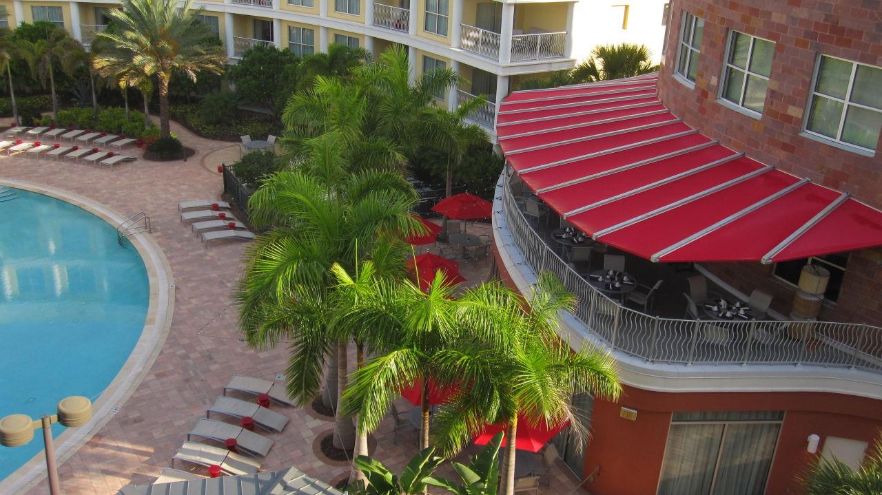 Blick Vom Balkon Auf Das Restaurant Melia Orlando Suite Hotel At