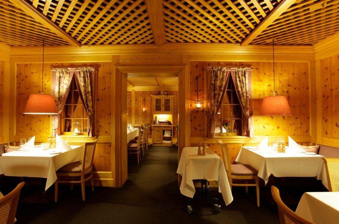 restaurant pfefferm hle hotel gude kassel. Black Bedroom Furniture Sets. Home Design Ideas