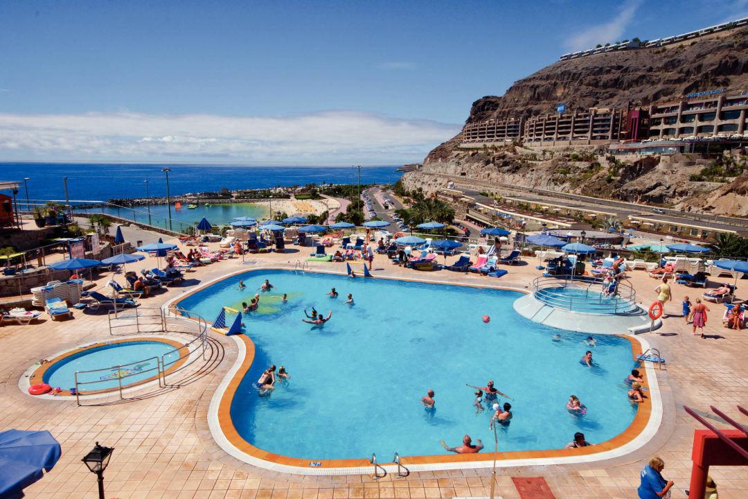 Pool und Blick auf den Strand Hotel Mirador del Atlantico