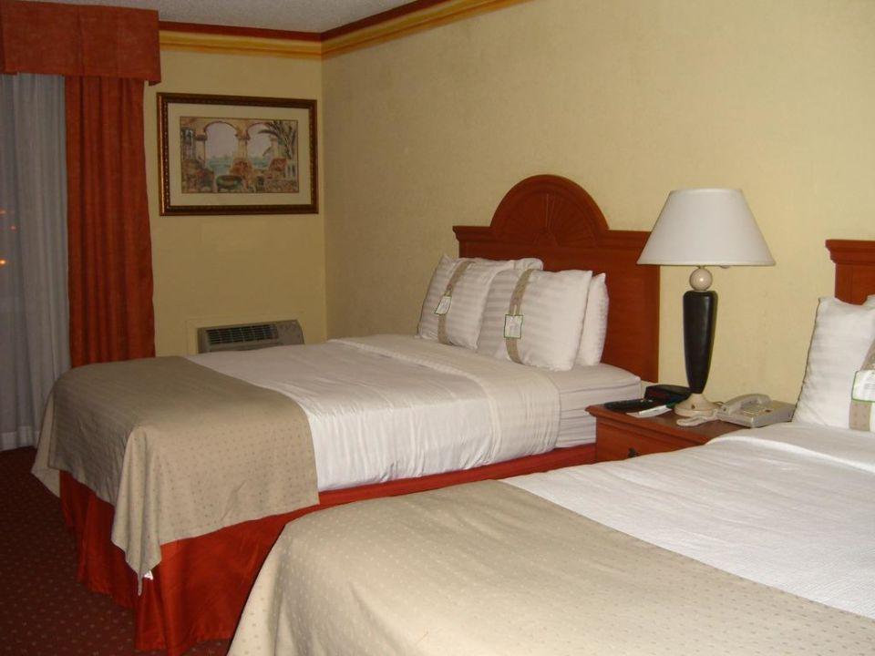 Unser gemütliches Zimmer Hotel Holiday Inn Int. Airport North