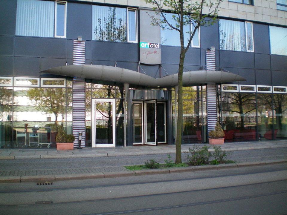 hoteleingang art 39 otel dresden dresden holidaycheck sachsen deutschland. Black Bedroom Furniture Sets. Home Design Ideas