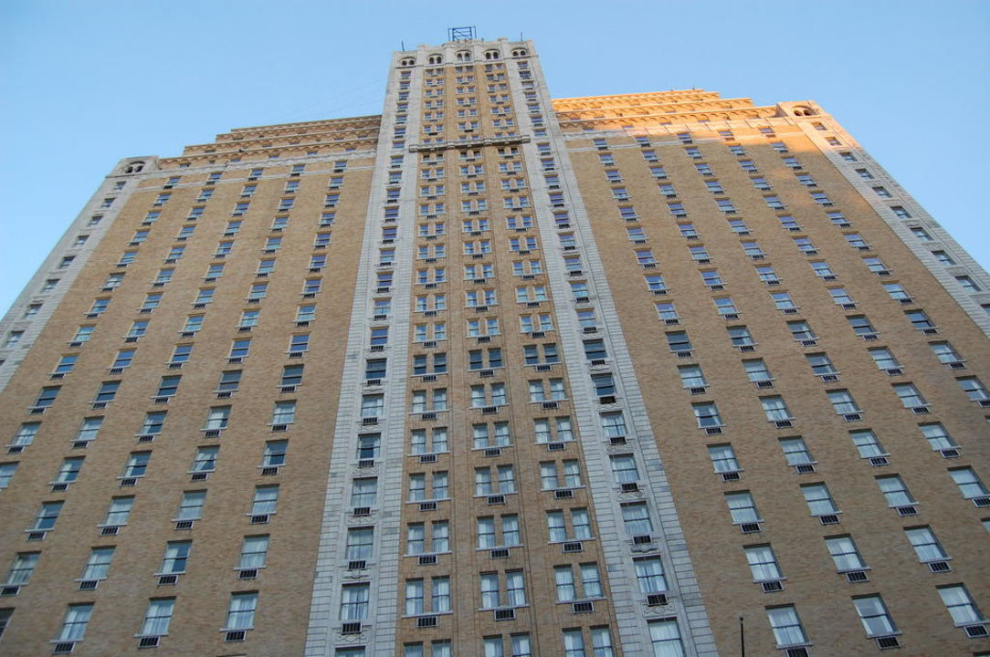 Über 26 Stockwerke Row Hotel NYC