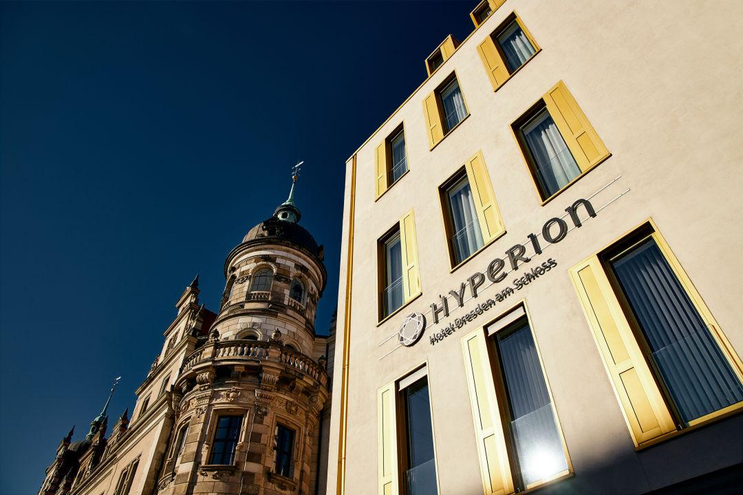 Außenansicht HYPERION Hotel Dresden am Schloss