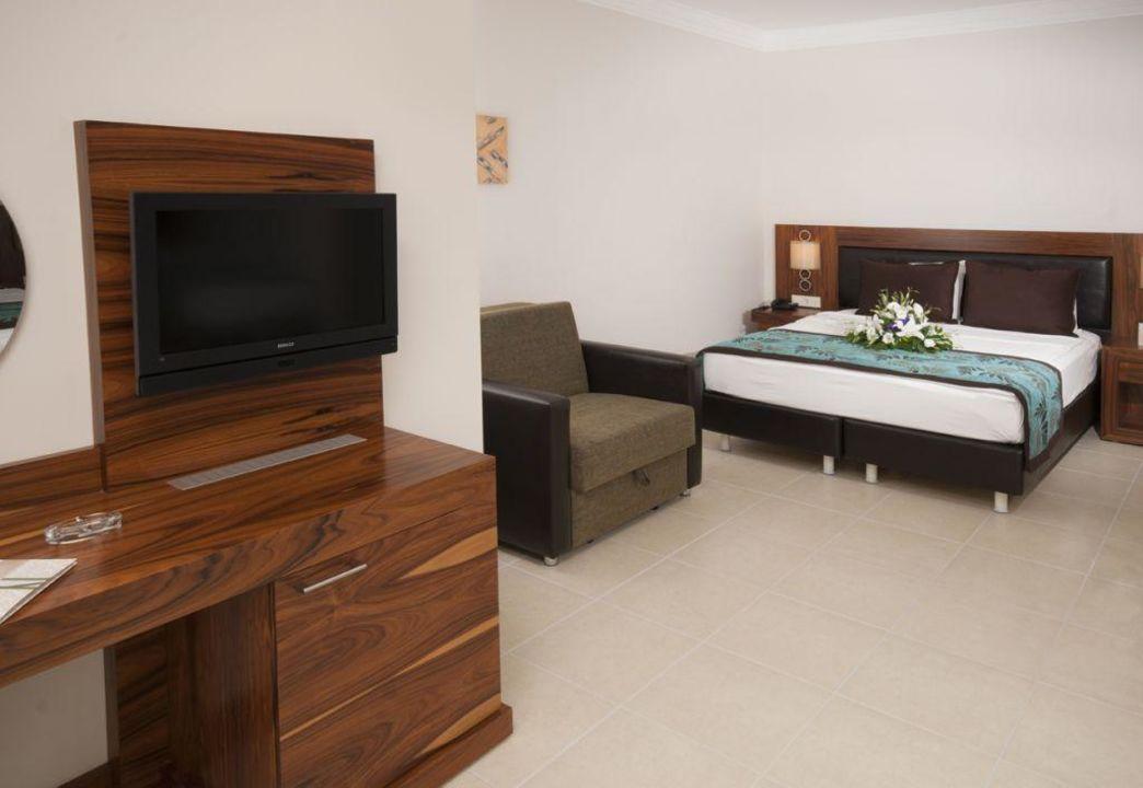Familyzimmer Xperia Grand Bali Hotel