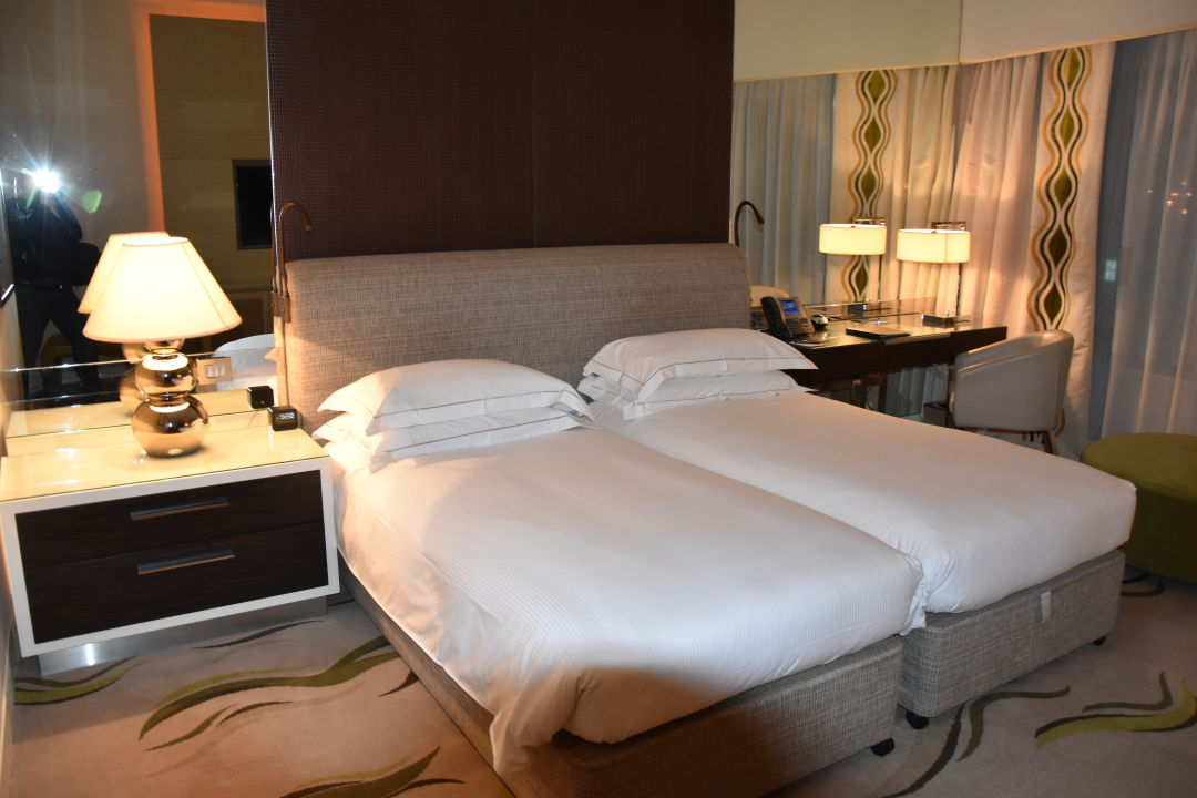 Zimmer Hilton Capital Grand Abu Dhabi