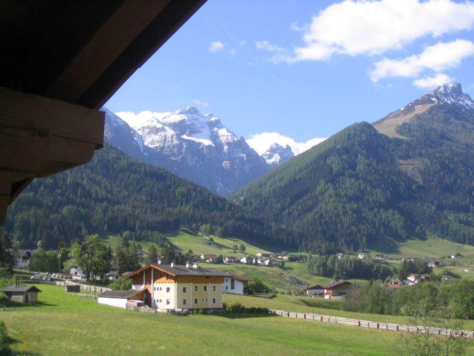 Vom Balkon aus fotografiert Hotel Rastbichlhof