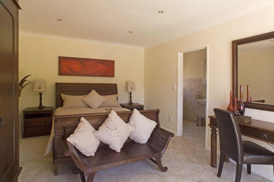 Queen sized Schlafzimmer mit en-suite Dusche\