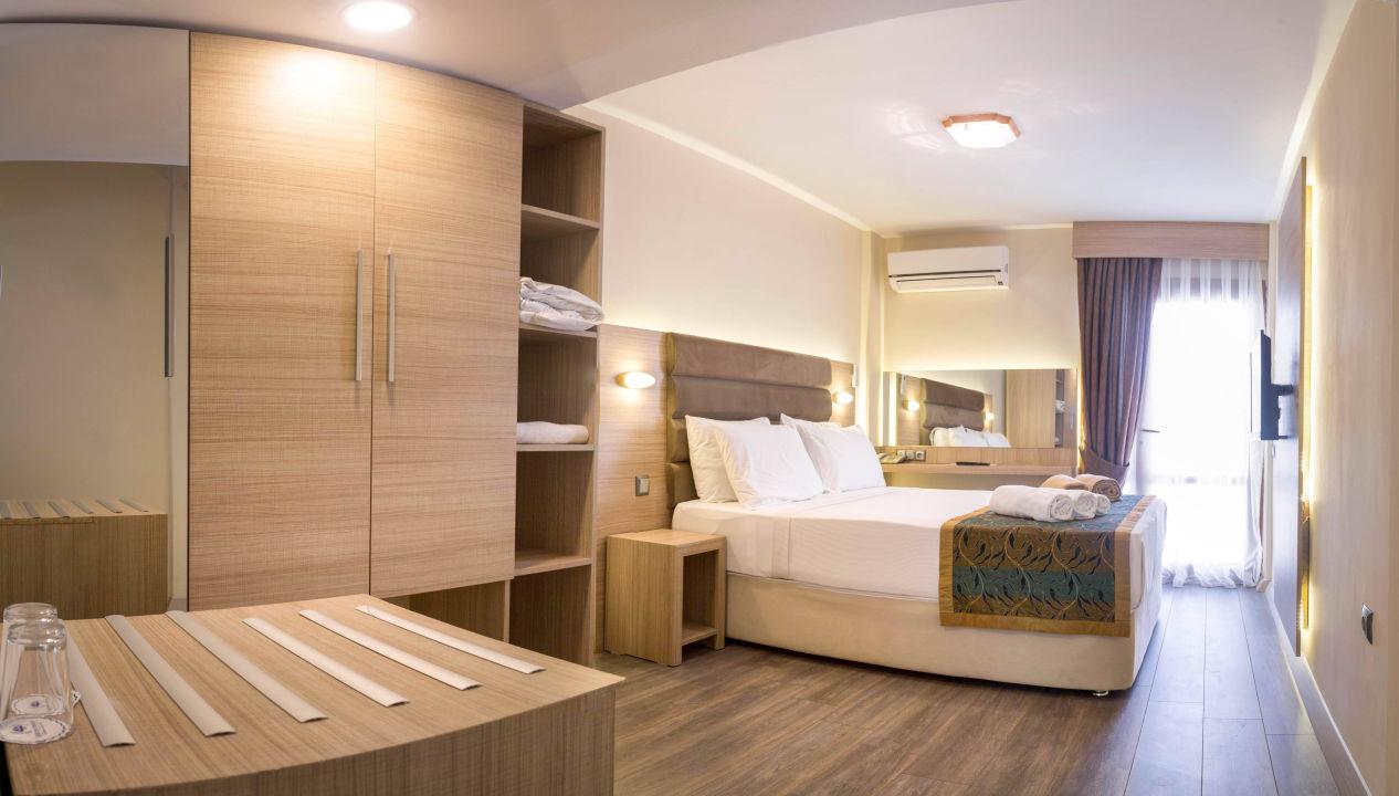 bild comfortzimmer geeignet f r 2 personen zu labranda lebedos princess aegean in seferihisar. Black Bedroom Furniture Sets. Home Design Ideas