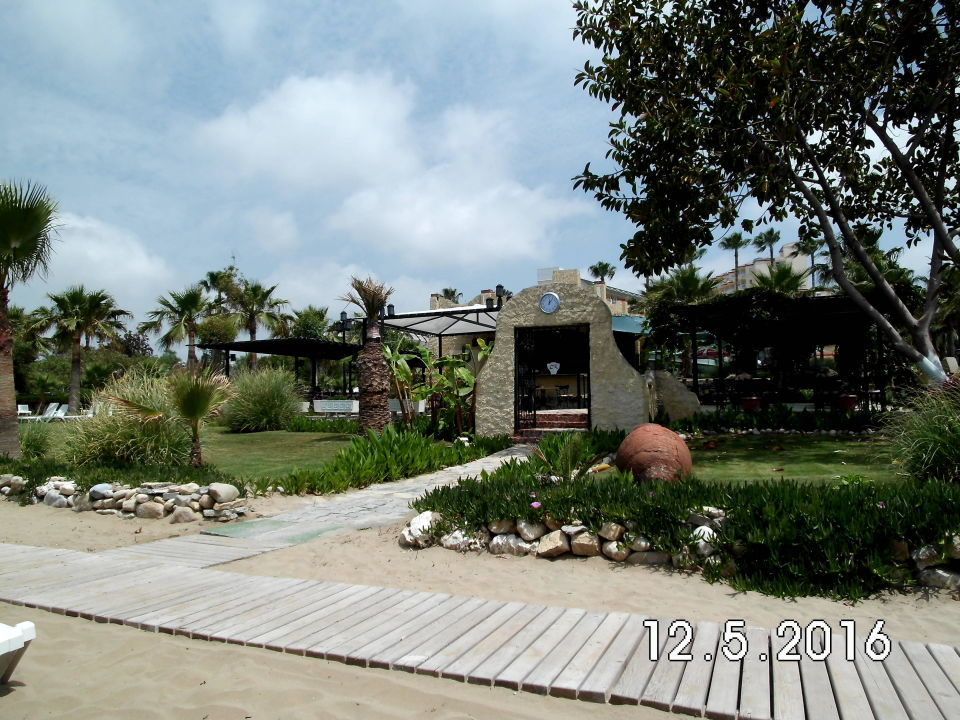 Flower Side Beach Hotel