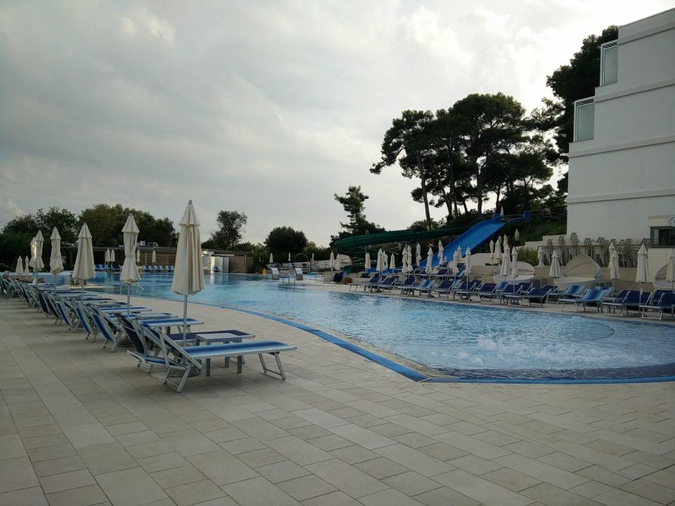 Pool mit rutsche stadtseite valamar collection isabella island resort porec holidaycheck - Rutsche pool ...
