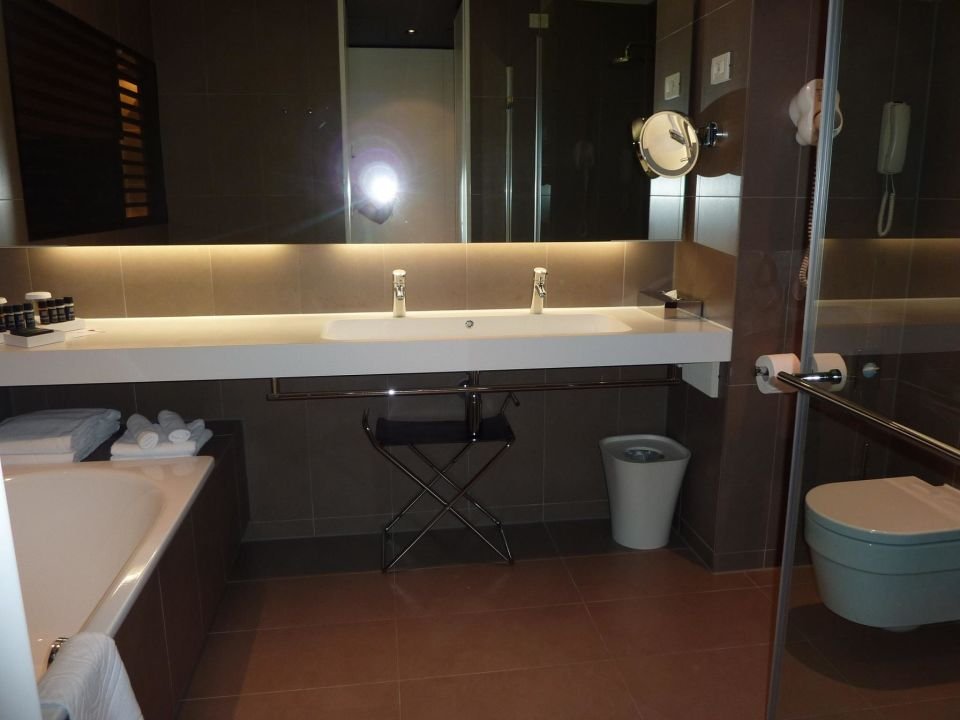 Badezimmer hotel lone in rovinj holidaycheck istrien for Design hotel lone 5