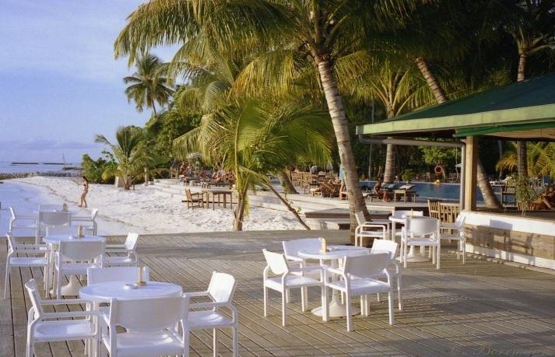 Strandbar auf Meerufenfushi Meeru Island Resort & Spa